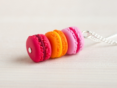 Collier macarons corail orange rose
