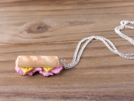 Collier sandwich jambon fromage